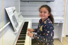 Learn best piano lesson