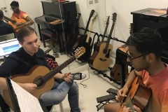 Guitar Classes in Dubai - Melodica.ae