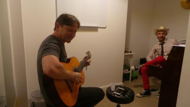 Guitar classes in Dubai - Melodica.ae