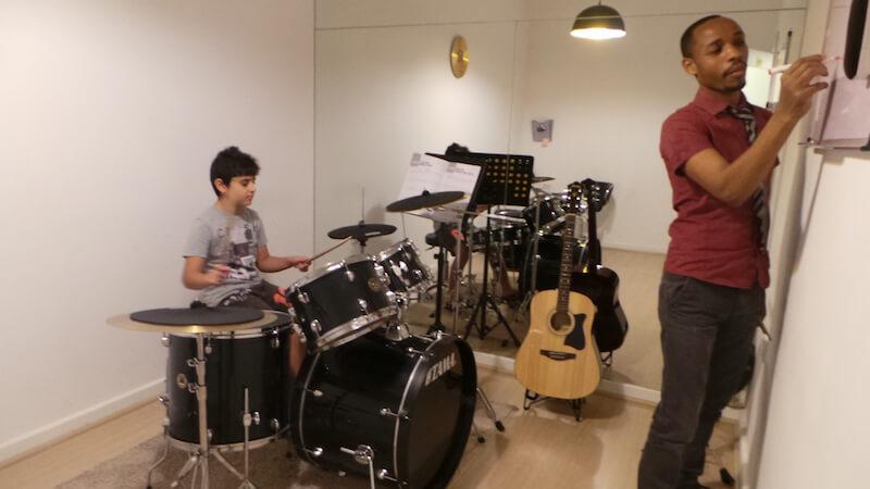 Drums classes in Dubai - melodica.ae