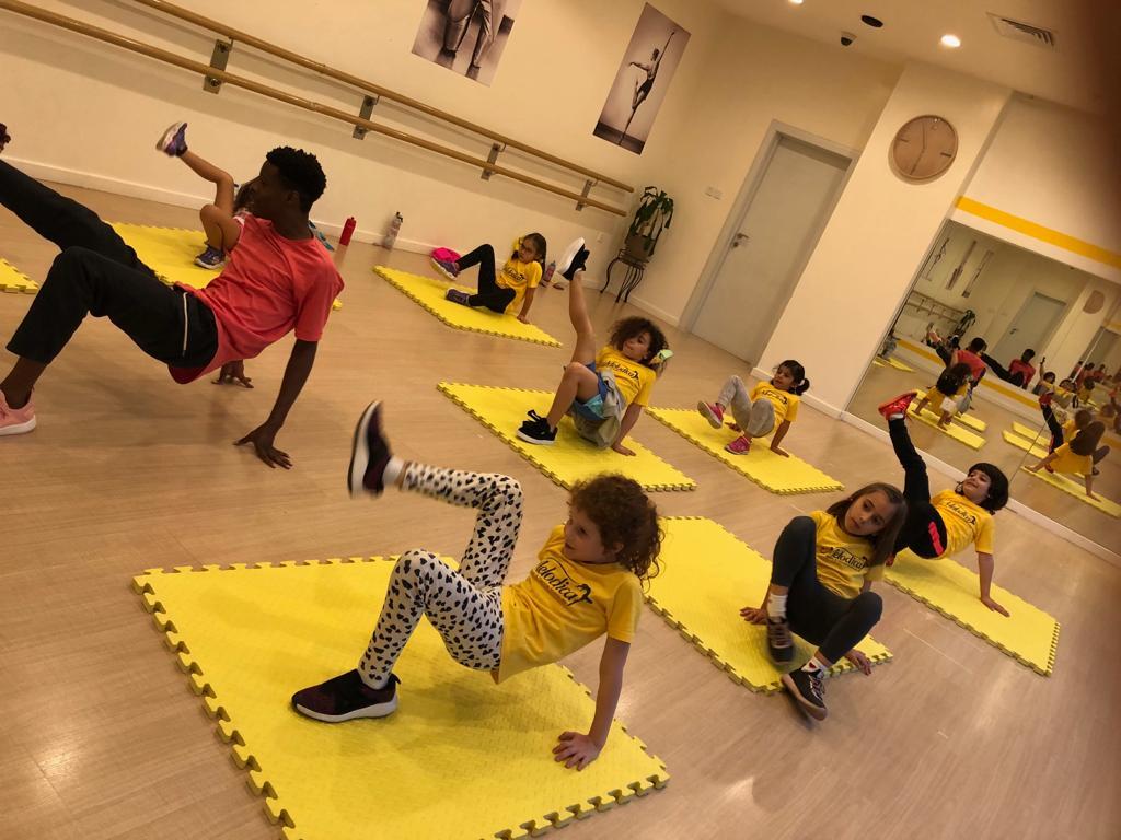 hip hop dance classes in Dubai - Melodica music center Palm Branch