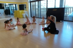 ballet dance classes at melodica music center dubai