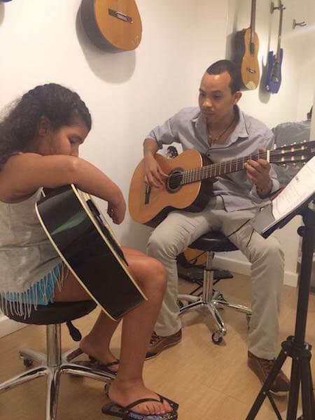 Guitar Classes at Melodica Music Center Dubai