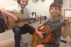 Guitar Classes in Dubai
