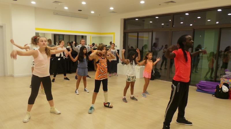 hip hop classes melodica music center dubai