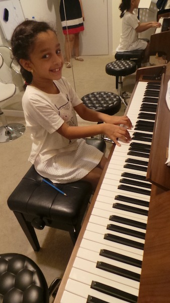 piano lessons for kids and adults at melodica dubai