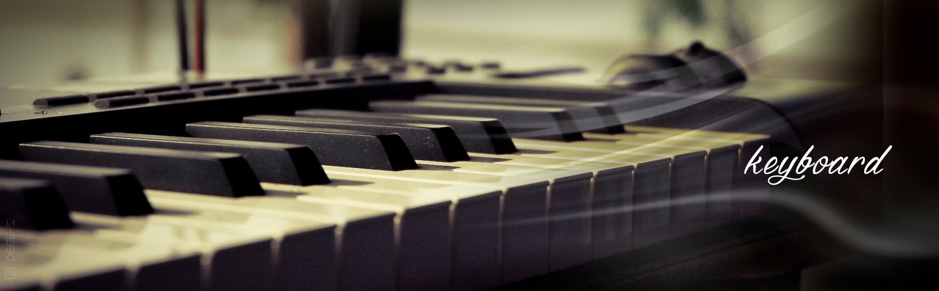 Keyboard lessons at Dubai Music School