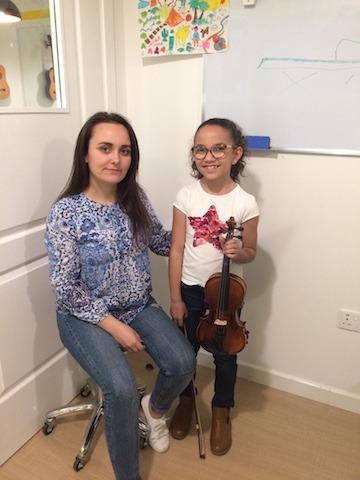 violin class melodica dubai
