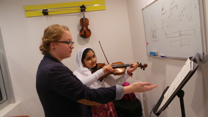 Violin lessons in Dubai