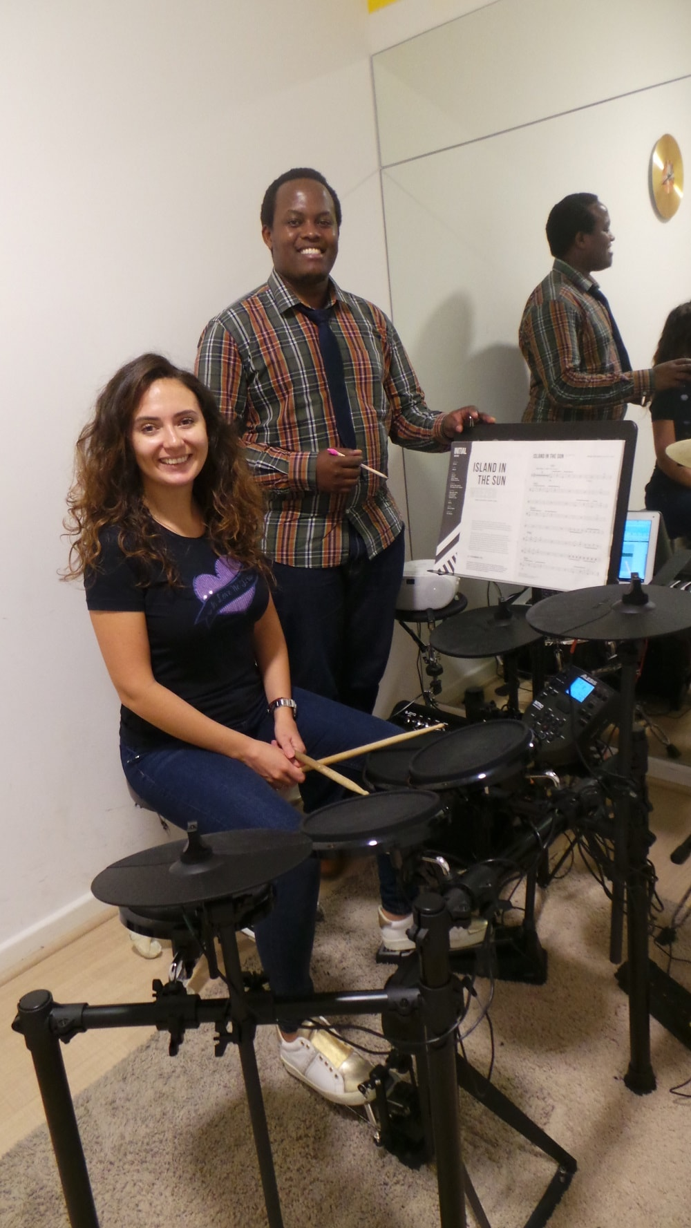 Drums Classes Dubai - Melodica.ae