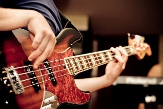 Bass Guitar Classes in Dubai - Melodica Music Center Dubai UAE