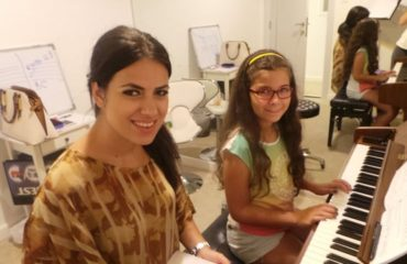 Piano teacher dubai - Melodica.ae