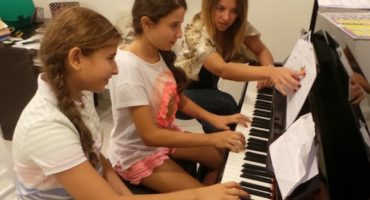 music lessons at Melodica Music School in dubai