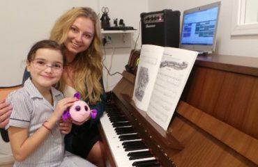 Piano lessons in Dubai