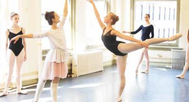 How Dance Classes Can Help you to Remove the Stress