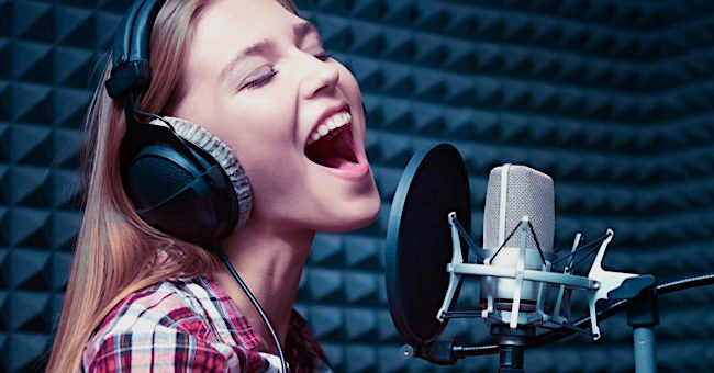 Singing Lessons I Melodica Music School I Kids & Adults Voice Classes in  Dubai