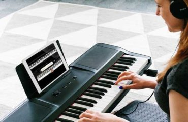 Learn How to play keyboard