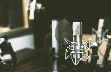 How to Select a Singing Studio?