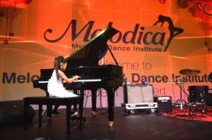 piano lessons for kids in dubai