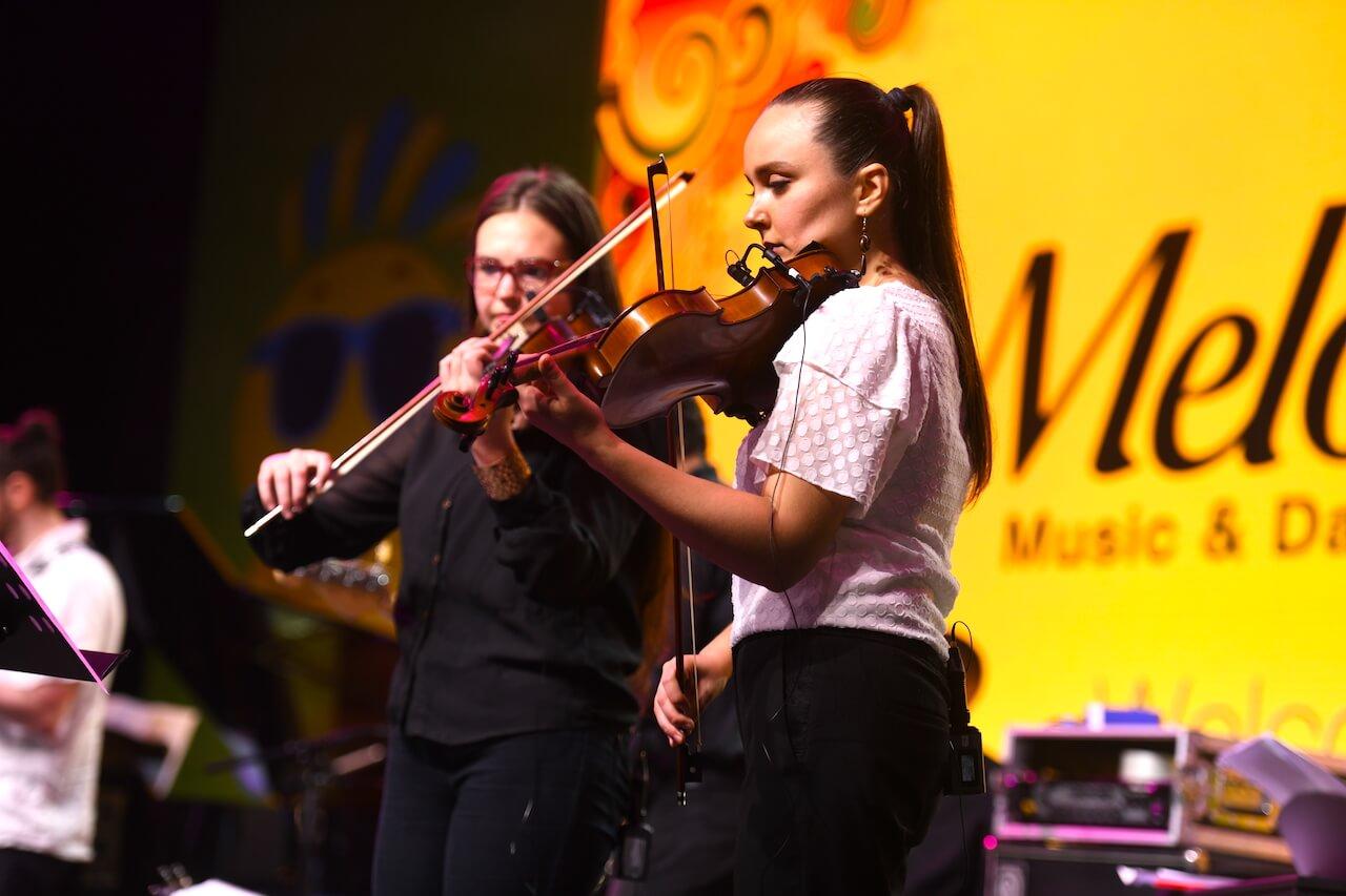 Violin Lessons | Melodica Music School Dubai I Classes for